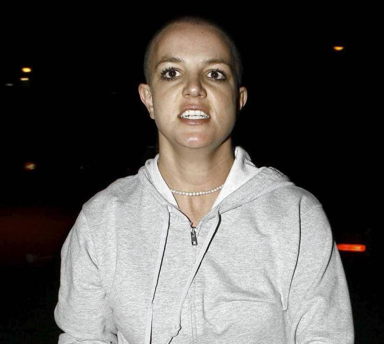 crazy-bald-britney-spears